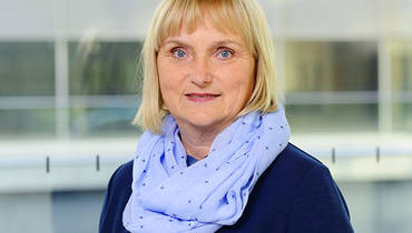 Portrait Dr. Bettina Hoffmann